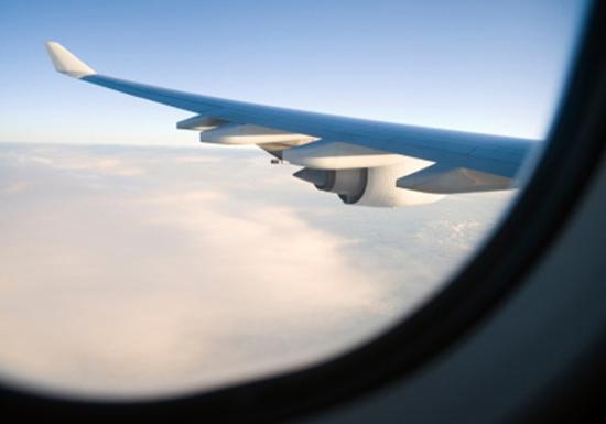 对飞机结构的要求更高